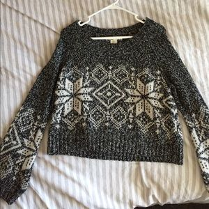 Sweaters - Knit snow flake sweater